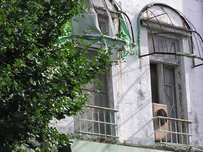 三軒長屋 窓3