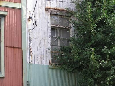 三軒長屋 窓1