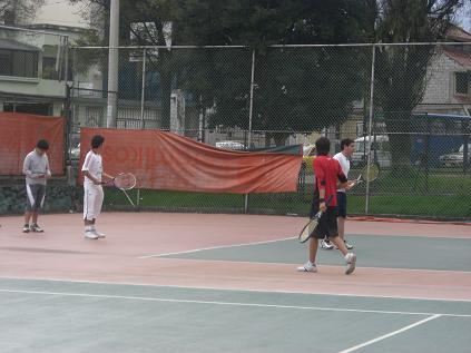 tenis en coliseo