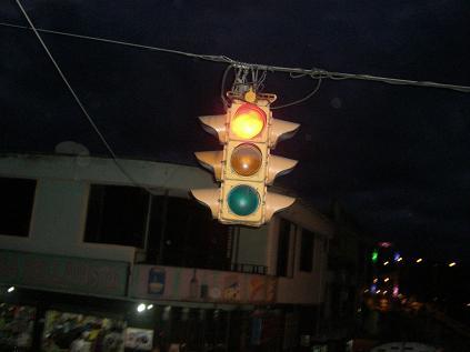 信号近い~
