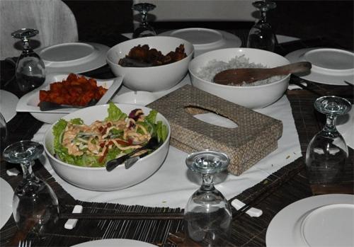 夕食 レンボガン
