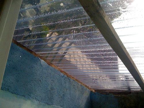 屋根は透明2