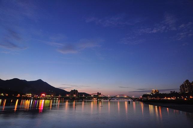 關渡水上公園夜景(2)