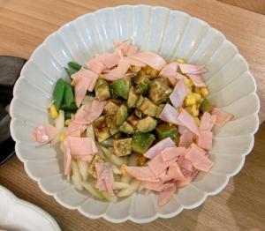 お魚と野菜たっぷりごはん! ハムとアボガドサラダ 2009.7.31