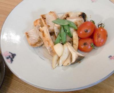 和の晩 さけの塩焼きと野菜のグリル 2009.8.30