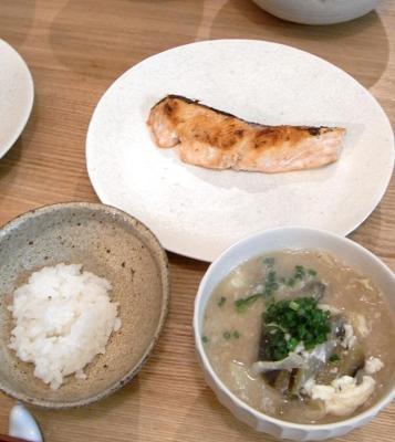 鮭とごはんとお味噌汁 2009.9.9