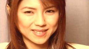 AVの撮影で微笑む井坂の妻・奈津子