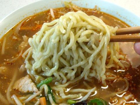 喜六亭・タンタンメン 麺