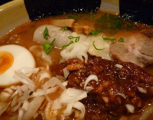 『楽』 楽麺(アップ)