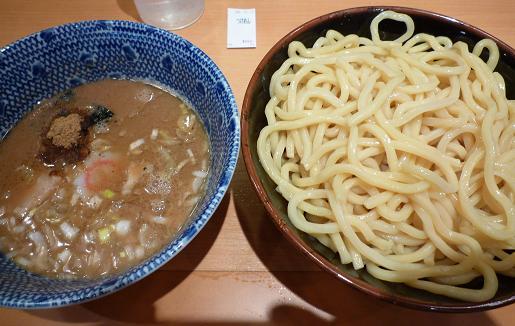 『六厘舎TOKYO』 つけ麺(850円)