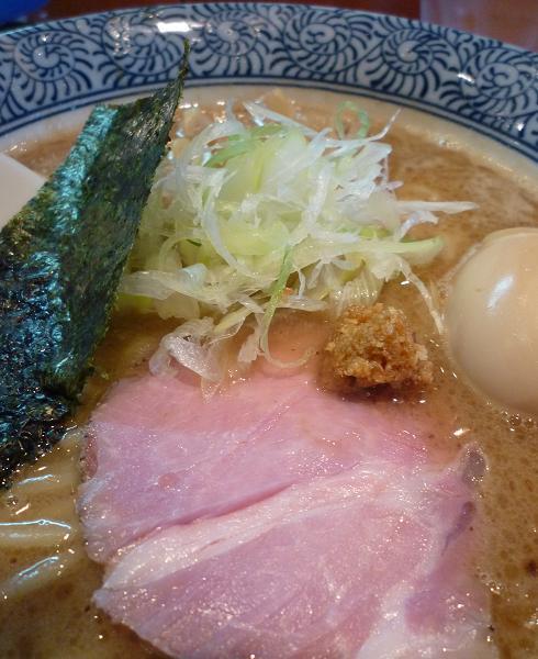『ほん田』 味玉濃厚魚介らーめん(アップ)