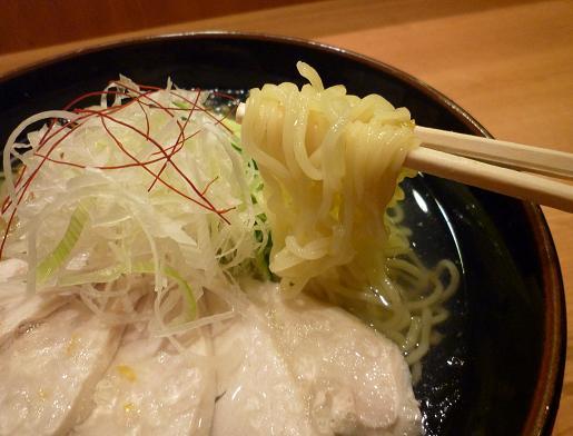 『きび お台場店』 冷し鶏そば(麺リフト)