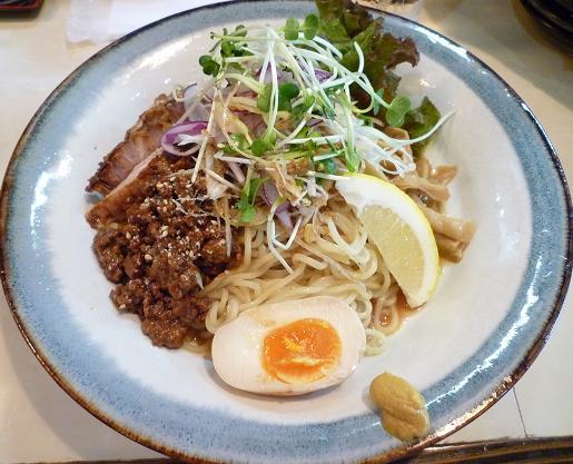 『ぜん』 特製冷やし麺(850円)
