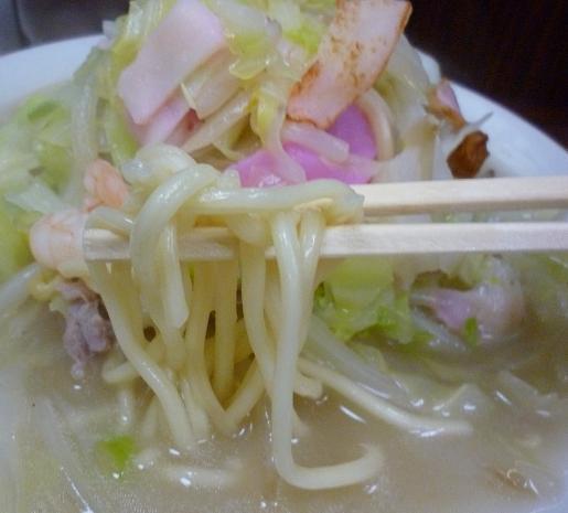 『来来来』 チャンポン(麺リフト)