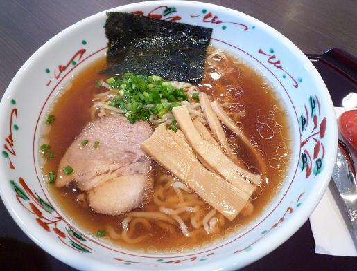 『麺や 亀』 ラーメン(並・150g)750円
