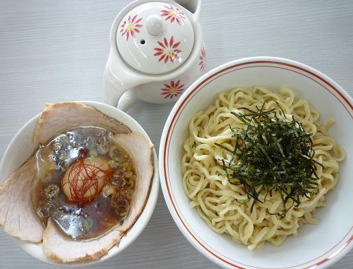 『龍横健』 肉つけそば・熱熟味玉付き(1000円)