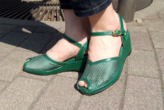 mesh-green-1.jpg