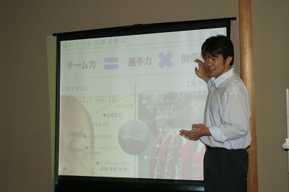 110728山羽氏の講演会 017
