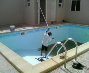 pool cleaning doha