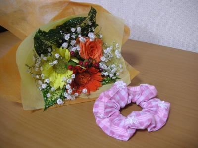 お花とシュシュ