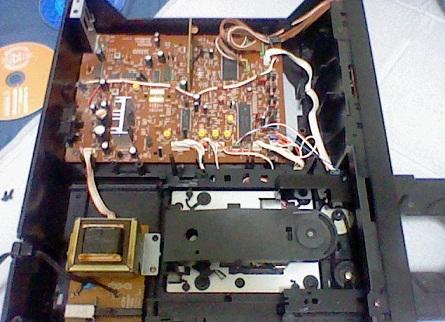 内部 ソニ-製ICが目立ちます