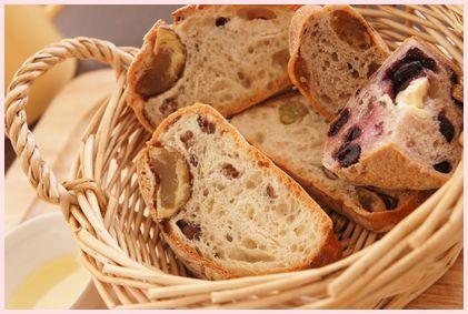 タケウチとアッシュのパンでモーニング