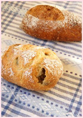 タカギ アニスとオリーブのパン