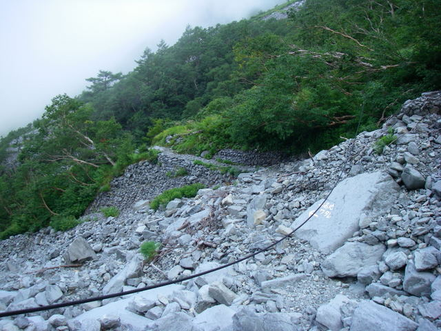 西穂高~奥穂高岳~岳沢H20.9.6~7 200