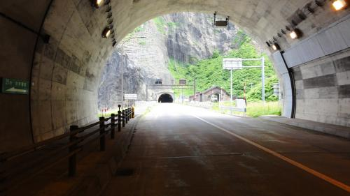 072304連続トンネル