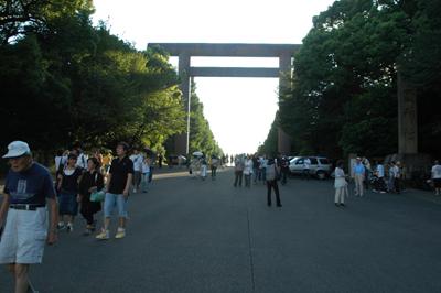 8:15靖国神社
