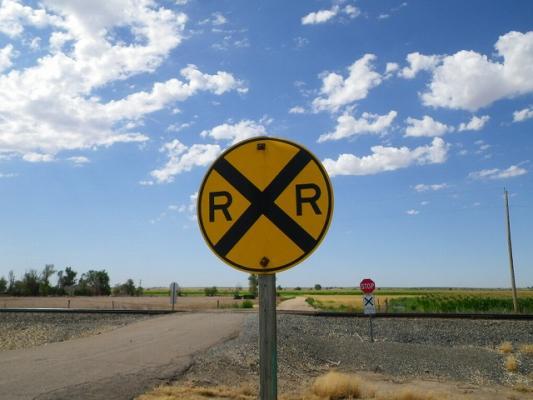 rail_road_xing