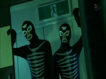 仮面ライダーディケイド 第29話「強くてハダカで強い奴」2 decade ep29.avi_000109042