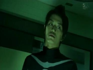仮面ライダーディケイド 第29話「強くてハダカで強い奴」2 decade ep29.avi_000121221