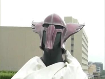 仮面ライダーディケイド 第29話「強くてハダカで強い奴」2 decade ep29.avi_000295128