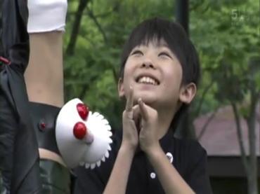 仮面ライダーディケイド 第29話「強くてハダカで強い奴」2 decade ep29.avi_000379045