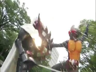 仮面ライダーディケイド 第29話「強くてハダカで強い奴」2 decade ep29.avi_000439205