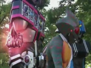 仮面ライダーディケイド 第29話「強くてハダカで強い奴」2 decade ep29.avi_000555221