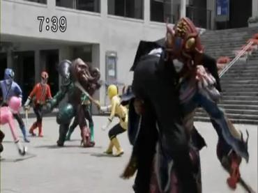Samurai Sentai Shinkenger Episode 25  1.avi_000483023