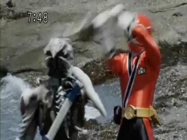 Samurai Sentai Shinkenger Episode 26 Part 2.avi_000290898