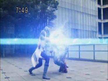 Samurai Sentai Shinkenger Episode 26 Part 2.avi_000378076