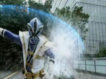Samurai Sentai Shinkenger Episode 26 Part 2.avi_000380453
