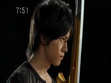 Samurai Sentai Shinkenger Episode 26 Part 2.avi_000452239
