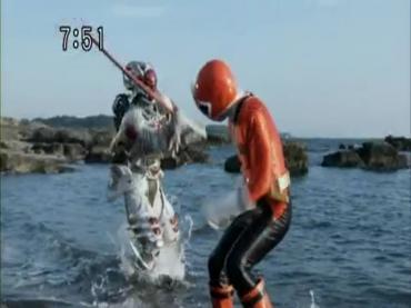 Samurai Sentai Shinkenger Episode 26 Part 2.avi_000464044