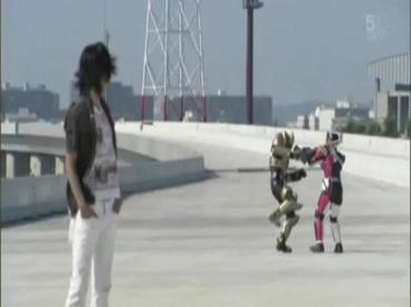 仮面ライダーディケイド 最終回 「世界の破壊者」1.avi_000200466