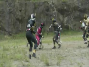 仮面ライダーディケイド 最終回 「世界の破壊者」3.avi_000202635