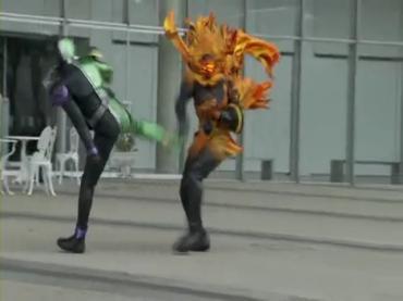 仮面ライダーダブル Kamen Rider Double 第01話 2 [HD].avi_000405397