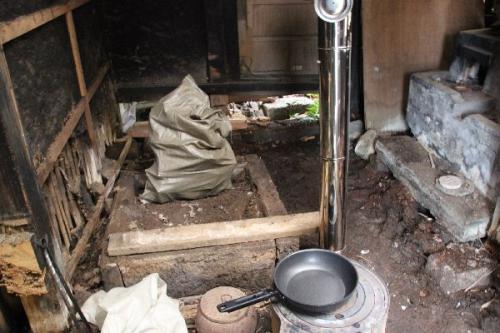 かまど部屋から囲炉裏