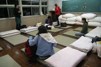西浦小学校教室寝室