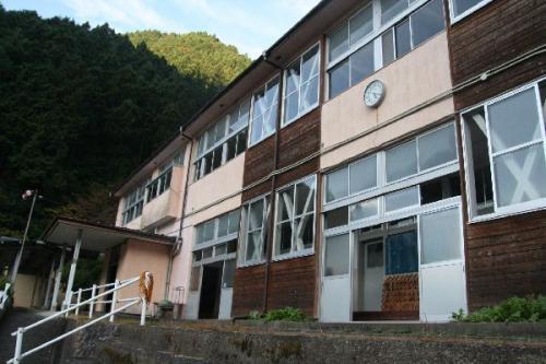 旧西浦小学校