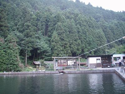 自然が多い千早川